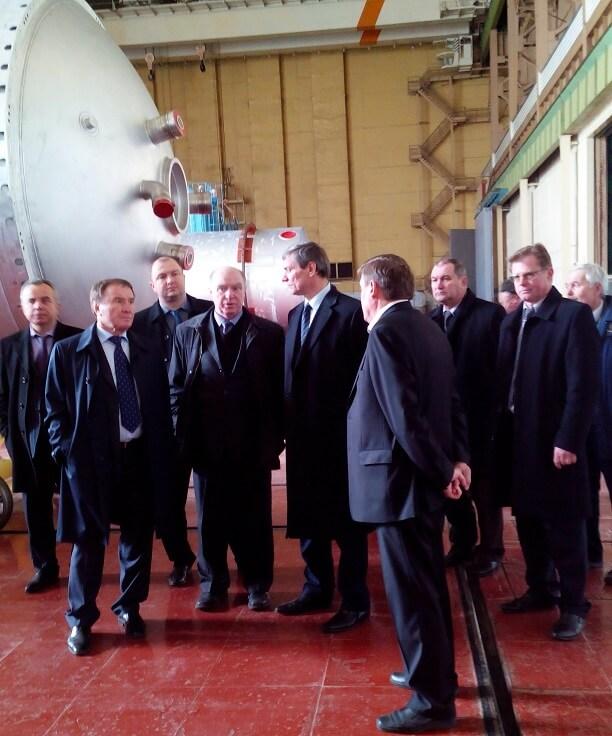 The visit of the head of GKAU Uruskogo OS on YUZHMASH